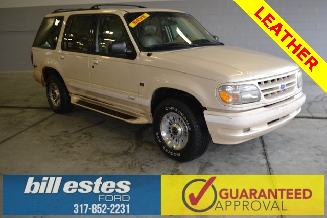 Pre-Owned 1996 Ford Explorer  4WD